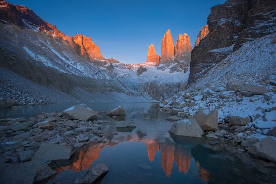 base_torres_tour-torres_del_paine-rental_natales-day_hike-Patagonia